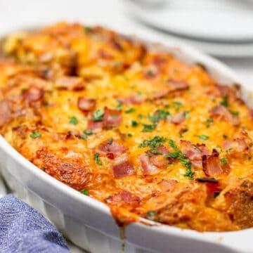 Easy Breakfast Casserole With Bacon