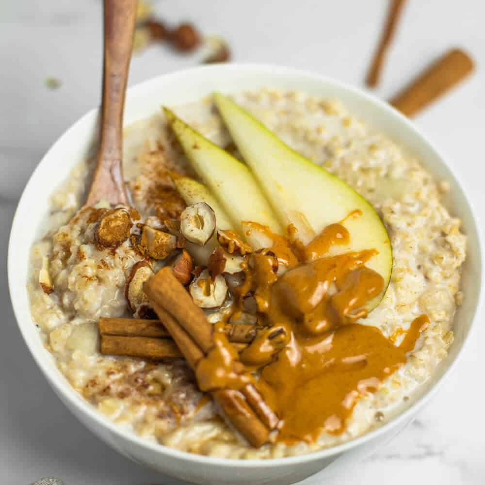 Spiced Pear Porridge Vegan