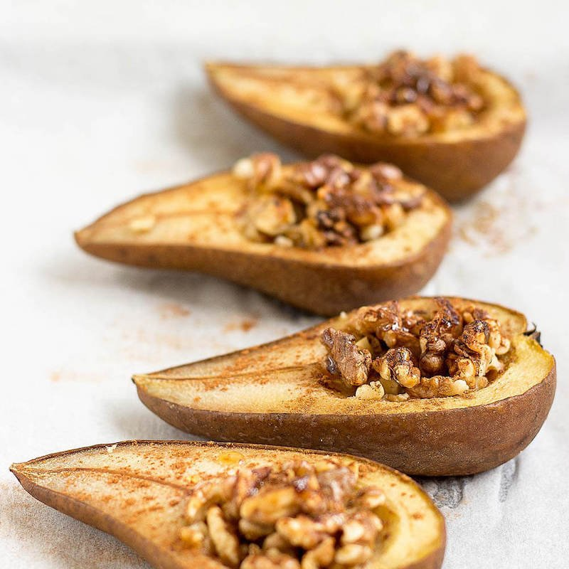 Cinnamon Baked Pears With Walnuts and Maple Syrup